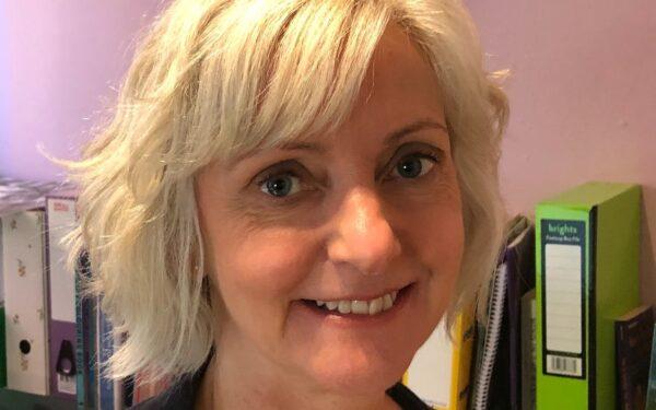 Dr Helen Edwards