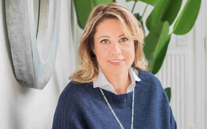 Caroline Walton TieTa