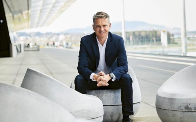 Morten Brogger, Wire